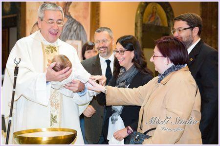 Servizio fotografico Battesimo: Rito in Chiesa