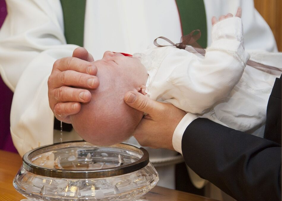 Come organizzare un battesimo low cost